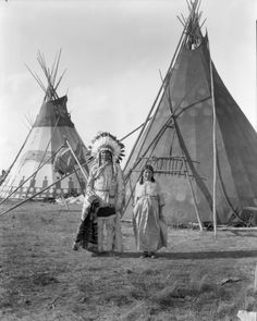 Black Horse & Rib Woman, n. The Effective Pictures We Offer You About North Dakota svg A quality picture can tell you many things. You can find the most beautiful pictures that can be presented to y Native American Quotes, Native American Tribes, Native American History, American Symbols, American Indian Art, American Women, Native Indian, Blackfoot Indian, Old Pictures