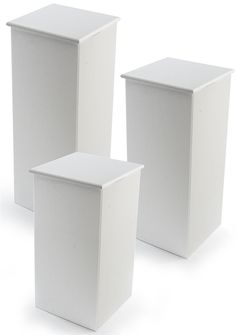 Portable Counters For Floor, Set Of 3 Pedestals, 15.5