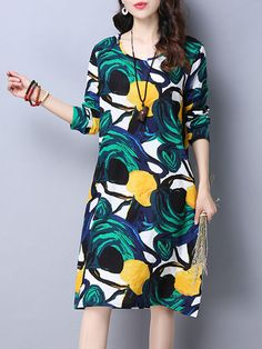 Dramatic Round Neck Pocket Color Block Printed Shift Dress