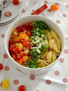 12-Minuten-Tomaten-Pasta-Salat - Stilettos & Sprouts