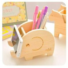 Buy 'Momoi – Animal Pen Holder' with Free International Shipping at YesStyle.com. Browse and shop for thousands of Asian fashion items from China and more!