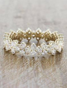 Vintage Wedding Rings for Your Sacred Marriage - Looking for a special wedding ring? Here are some awesome vintage wedding rings. Pick the best one and bring into your beloved bride! Cool Wedding Rings, Wedding Rings Solitaire, Wedding Rings Vintage, Wedding Rings For Women, Bridal Rings, Wedding Jewelry, Weding Ring, Dress Wedding, Vintage Rings