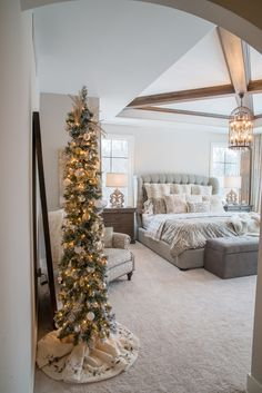 awesome Real Fit Housewife: Christmas with the Kortes' Yes, yes… even our master bedroom had to have a little glow! Trendy Bedroom, Bedroom Sets, Home Decor Bedroom, Master Bedroom, Bedroom Curtains, King Bedroom, Bedroom Layouts, Christmas Bedroom, Christmas Home