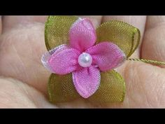 YouTube Organza Flowers, Faux Flowers, Diy Flowers, Fabric Flowers, Paper Flowers, Ribbon Crafts, Flower Crafts, Silk Ribbon Embroidery, Embroidery Patterns