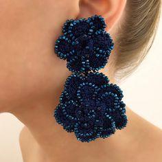 Aucune description de photo disponible. Bead Jewellery, Hair Band, Magnolia, Crochet Projects, Jewerly, Crochet Earrings, Boho, Beading, Handmade