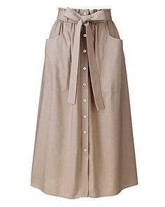 Paperbag-waist linen-mix skirt with front-button placket to hem, patch pockets and separate self-tie belt. Muslim Fashion, Modest Fashion, Hijab Fashion, Korean Fashion, Fashion Dresses, Modest Outfits, Skirt Outfits, Dress Skirt, Model Rok