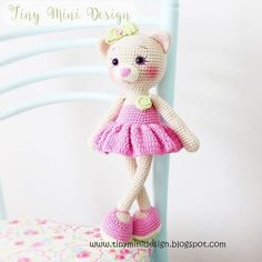 Amigurumi amigurumi free pattern amigurumi cat pattern rg oyuncak kedi yap l free pattern toys crochet toys t i i oyuncak yap l Chat Crochet, Bunny Crochet, Free Crochet, Free Knitting, Crochet Dolls Free Patterns, Amigurumi Patterns, Amigurumi Doll, Cat Pattern, Stuffed Toys Patterns