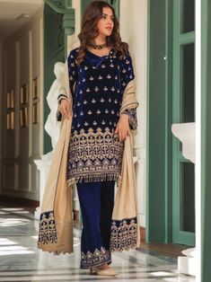 Gratifying blue embroidery straight cut suit online which is crafted from chiffon fabric with exclusive embroidery. This stunning designer straight cut suit comes with raw silk bottom and chiffon dupatta. Women's A Line Dresses, Salwar Suits Online, Straight Cut, Chiffon Fabric, Kimono Top, Embroidery, Silk, Blue