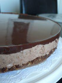 Crazy Baker: Taivaallinen mokka-suklaajuustokakku Vegan Cheesecake, Cheesecake Recipes, Dessert Recipes, Desserts, Finnish Recipes, Sweet Bakery, No Bake Treats, Piece Of Cakes, Food Humor