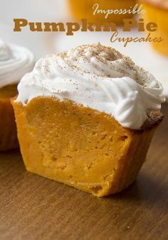 Pumpkin Pie Cupcakes These impossibly easy pumpkin pie cupcakes are amazing. They're beautiful and of course, irresistible.These impossibly easy pumpkin pie cupcakes are amazing. They're beautiful and of course, irresistible. Brownie Desserts, Just Desserts, Delicious Desserts, Dessert Recipes, Yummy Food, Easy Fall Desserts, Delicious Cupcakes, Dessert Cups, No Cook Desserts