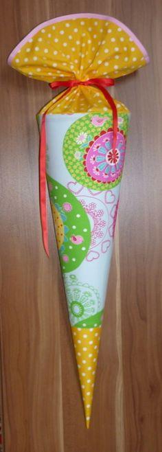NEU Schultüte Zuckertüte Multicolor Stoff