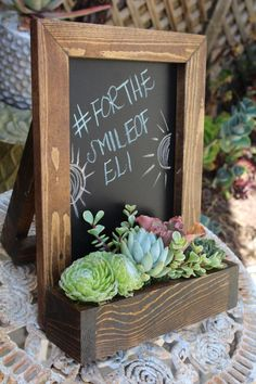 succulent garden Chalkboard Standing Table Top w/ Succulent by SucculentWonderland Flower Box Gift, Flower Boxes, Succulent Arrangements, Succulents Garden, Standing Table, Vertical Planter, Succulent Gifts, Cactus Y Suculentas, Mocca