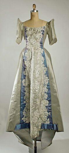 Barou0026#39;t Saya + Barong Tagalog-Barou2019t saya is the unofficial national dress of the Philippines and ...