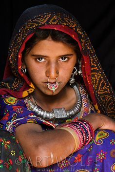 Portrait of a Meghwal girl, Gujarat, India We Are The World, People Around The World, Namaste, Indian Face, India Culture, Tribal Women, India Art, Face Photography, India People