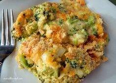 Cheesy Broccoli Casserole Recipe Side Dishes with broccoli, cream of chicken soup, mayonnaise, butte Cheesy Broccoli Casserole, Vegetable Casserole, Casserole Dishes, Brocoli Casserole Recipes, Ritz Cracker Broccoli Casserole, Cheesey Broccoli, Ritz Chicken Casserole, Cheap Casserole Recipes, Ritz Cracker Chicken