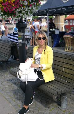 Black and yellow Black N Yellow, Yellow Stripes, Mango Tops, H&m Jeans, Plimsolls, Slip On, Blazer, My Style, Backpack