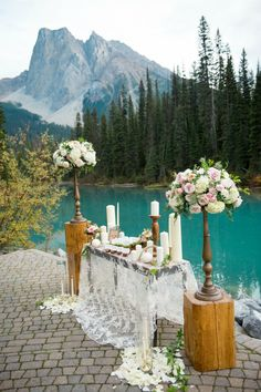 Mountain Wedding at Emerald Lake Lodge by Naturally Chic www.naturallychic.ca | Photo by f8 Photography Inc. www.f8photography.com | flowers by Flower Artistry www.flowerartistry.ca