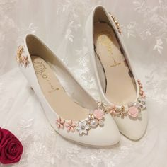 If you want to find very comfortable wedding shoes you have two top choices, one is to wear cowgirl wedding boots (as many of our readers choose). Converse Wedding Shoes, Wedge Wedding Shoes, Bridal Wedding Shoes, Wedding Boots, Bridal Sandals, Bride Shoes, 2017 Wedding, Designer Wedding Shoes, Princess Shoes