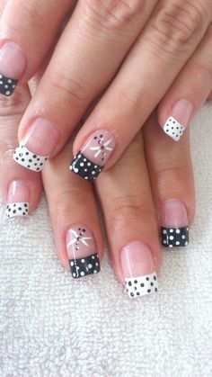 Puntosss Pedicure Nail Designs, Toe Nail Designs, Pedicure Nails, Great Nails, Cute Nails, Spring Nails, Summer Nails, Square Nail Designs, French Nail Art
