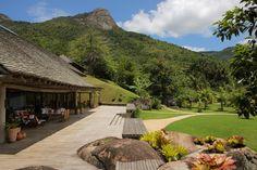 Esta linda propriedade é um tesouro nas margens do Saco do Mamanguá.