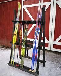 skistativ korshagan ski rack organizer skiparkering skiutstyr organisering