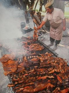 (Asado Argentino - ARGENTINA  BBQ - There's no meat like argentinian. You can cut a steak with a spoon. Delicious and tender)