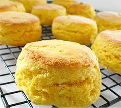 Lemonade Scones - Real Recipes from Mums. Baked a few batches of these today. So delicious Lemonade Scone Recipe, Fig Jam And Lime Cordial, Pumpkin Scones, Mayonnaise, Four, Tray Bakes, Baking Recipes, Sweet Recipes, Cupcake Cakes