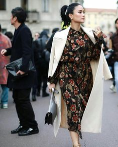 Every Single Designer Outfit Heart Evangelista Wore To Milan Fashion Week A/W Heart Evangelista Style, Monochrome Fashion, Elegant Outfit, Elegant Dresses, Milan Fashion Weeks, Sophisticated Style, Classy Outfits, Fashion Outfits, Fashion Styles