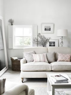 Olivia sofa in Pale Oat, Aldwych coffee table Cottage Living Rooms, Shabby Chic Living Room, Living Room Sofa, Shabby Chic Furniture, Living Room Decor, Snug Room, Best Decor, Lounge Sofa, Decoration Table