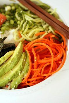 Spiralized Sushi Bowl with Salmon Sashimi and Ginger Miso Dressing - Inspiralized Sushi Recipes, Seafood Recipes, Asian Recipes, Cooking Recipes, Yummy Recipes, Sushi Bowl, Sushi Sushi, Lower Carb Meals, Salmon Sashimi