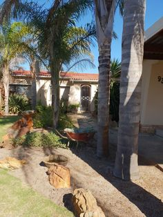 3 Bedroom House For Sale in Windsor Park Open Plan Kitchen Dining, Open Plan Living, Windsor Park, 3 Bedroom House, Water Lighting, Reception Rooms, Coastal Homes, Cape Town, Cosy