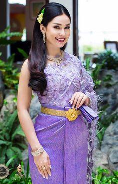 pretty cambodian girl