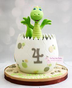 Dinasour Birthday Cake, Baby First Birthday Cake, Dinosaur Birthday Party, Dinasour Cake, Fairy Birthday Cake, 4th Birthday, Dinosaur Cakes For Boys, Dinosaur Cake Pops, Die Dinos Baby