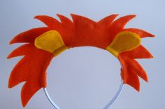 You could make this yourself. Great idea for lions for acting out Daniel and the lions' den. Lion Mane Headband by PlaytimeProps on Etsy $10