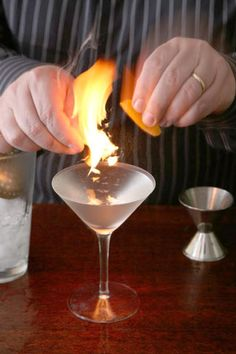 4 Classic Bartender Tricks - Photo Gallery | SAVEUR