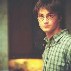 harry potter and the prisoner of Azkaban Mundo Harry Potter, Harry James Potter, Harry Potter Cast, Harry Potter Characters, Harry Potter Universal, Harry Potter World, Emma Watson, Ravenclaw, Hogwarts