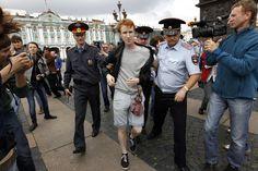 Kirill Kalugint 2013-ban  már megtámadták egyszemélyes demonstrációja alkalmával. Fotó: Alexander Demianchuk/Reuters