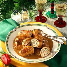 Putenrouladen mit Kräuter-Frischkäsefüllung Rezept | LECKER