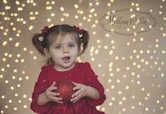 Melissa Calise Photography (Holiday Photoshoot Mini Session Ideas Christmas Lights)