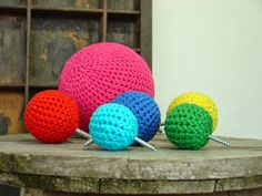 crocheted wallhooks by et aussi. #knobs #wallhooks #crochet #etaussi #etsy