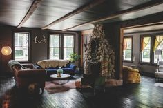 Hotel Tour: Dreamy, Rustic Modern Vintage Inn Style   Apartment Therapy