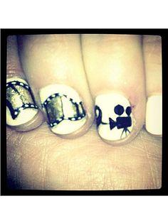 Zooey's Wacky Nail Art: Love it!
