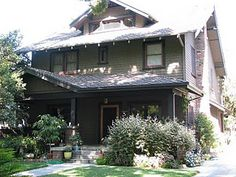Another house I loved was Michael and Hope's house on thirtysomething.