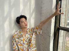 Lai Guanlin, Korean Singer, Boy Groups, Crushes, Men Casual, Blouse, Mens Tops, Women, Kpop