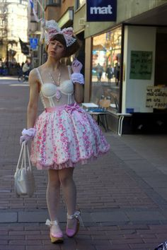 Milky Oolong : Sweet Ero Lolita