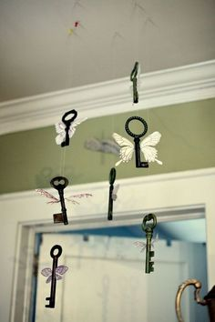 Harry Potter Decorations. I might just have to do this.