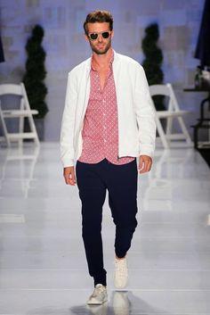 Bustle Spring 2015 Toronto Fashion Week