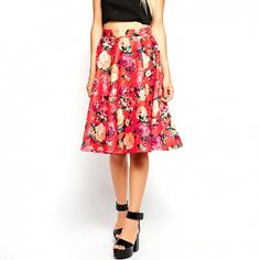 This skirt makes for an ultra glam statement. // Floral Midi Skirt by ASOS