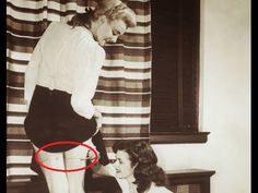 TVN-Clips: Top 10 Weird Photography - Mysterious Photos - Strange Vintage photographs - http://www.thevintagenews.com/2015/05/11/tvn-clips-top-10-weird-photography-mysterious-photos-strange-vintage-photographs/