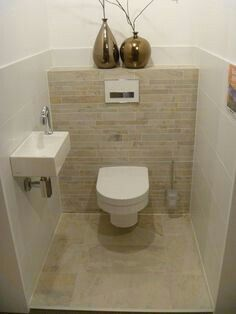Lea Eissturm The Most Useful Bathroom Shower Ideas There are almost uncountabl Small Toilet Room, Guest Toilet, Downstairs Toilet, Understairs Toilet, Understairs Ideas, Toilet Tiles, Wc Design, Toilette Design, Laundry In Bathroom